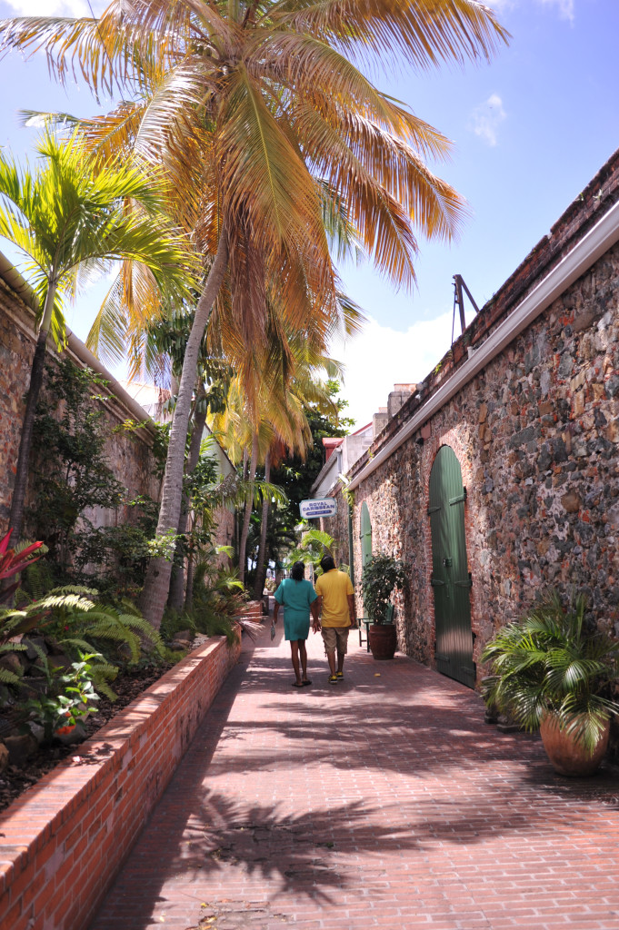 st. thomas walking tour in historic charlotte amalie